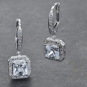 Princess Halo Cut earrings
